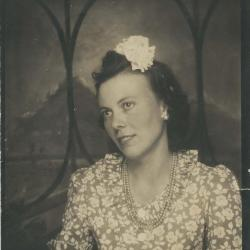 Photograph of mother of donor (Linda Pace)