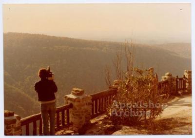 Appalshop filmmaker Scott Faulkner filming mountains